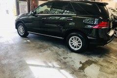 Fahrzeug-Innen-und-Außenaufbereitung